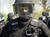 7 Tage... unter Polizisten