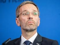 Herbert Kickl Razzia Geheimdienst