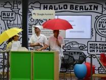 Google-Mitarbeiter auf einer Messe 2018 in Berlin