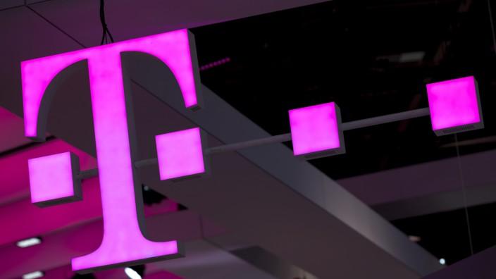 Neue Telekom-Hardware: Router und ein Smart Speaker
