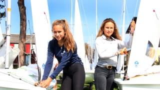 Die segelnden Steinlein-Schwestern; Bei der Bayerischen Jugendwoche im Segeln