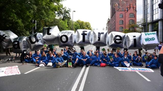 Verkehr in München Protest gegen Autoverkehr