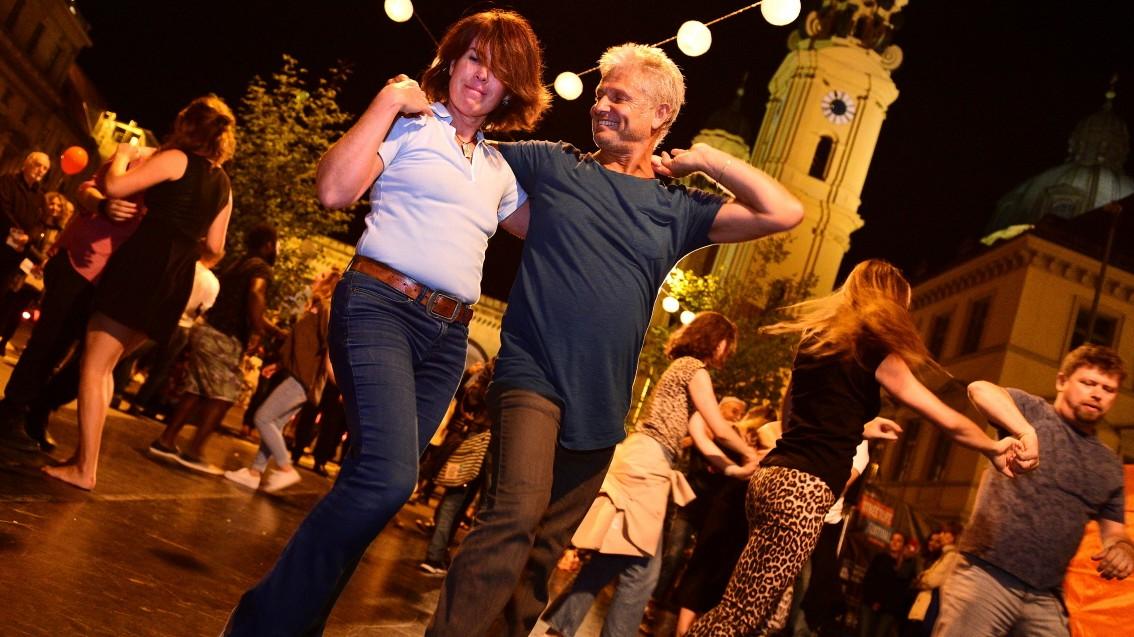 In München beginnt die Zeit der Straßenfeste