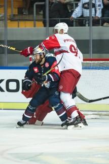 Eishockey - Das Kopfschütteln der Cheerleader - Sport in der Region ...