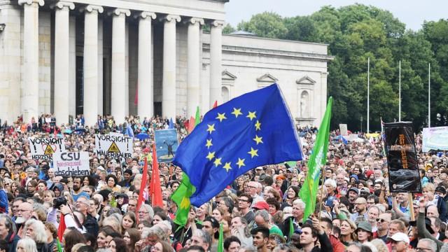Demonstration #ausgehetzt Königsplatz