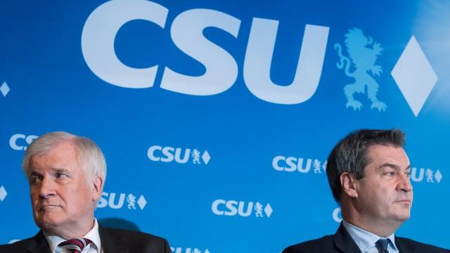 CSU-Chef Seehofer und Bayerns Ministerpräsident Söder bei einer CSU-Vorstandssitzung