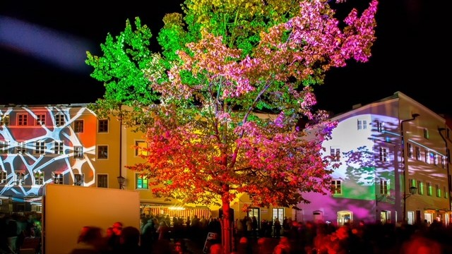 Wasserburg leuchtet