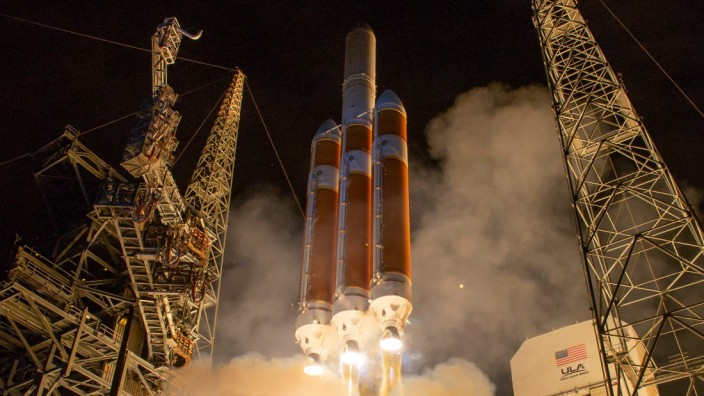 NASA launches Parker Solar Probe, aims to become closest spacecraft to Sun