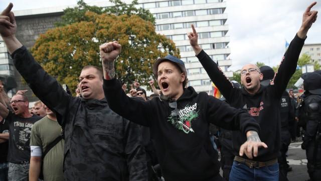 Rechte Demonstranten in Chemnitz 2018