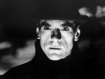 "Jeremy Irons in dem Film ""Kafka"""