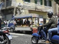 Straßenszenen im Rione Sanita