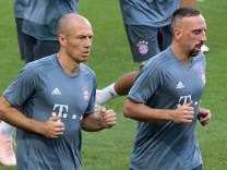 FC Bayern: Arjen Robben und Franck Ribery vor dem CL-Spiel gegen Benfica Lissabon