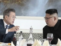 Korea-Gipfel: Kim Jong Un und Moon Jae-in 2018 in Pjöngjang