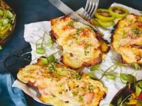 Nur für Das Rezept Überbackenes Schinken-Käse-Brot Okka Rohd Foto: Katharina Bohm