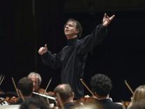 Antrittskonzert Chefdirigent Teodor Currentzis mit dem SWR Symphonieorchester