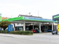 OMV Tankstelle in der Münchener Straße 49, Garching.
