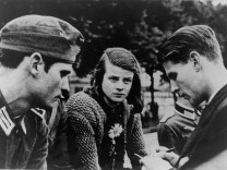 GERMANY-CINEMA-BERLINALE-RESISTANCE-SCHOLL