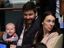 Jacinda Ardern mit ihrem Baby bei der UN-Vollversammlung 2018