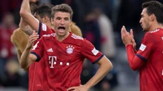 FC Bayern: Thomas Müller ärgert sich nach dem Bundesliga-Spiel gegen den FC Augsburg.