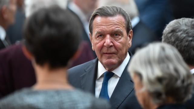 Verleihung des Ludwig-Erhard-Preises an Altkanzler Schröder
