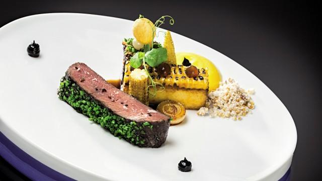 VictorâÄÖs Residenz-Hotel Schloss Berg Perl-Nennig FINE DINING
