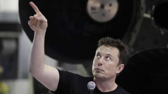 Japanischer Milliardär Maezawa soll mit SpaceX zum Mond fliegen