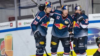 Patrick Hager EHC Red Bull Muenchen scored together with Frank Wall EHC Red Bull Muenchen and; ice Hockey