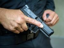 Neue Dienstpistolen für Polizei Bayern