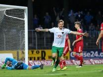 Fussball, Regionalliga Bayern, 1. FC Schweinfurt 05 - FC Memmingen; Florian Trinks