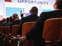 Theresa May spricht auf dem Parteitag der Tories 2018 in Birmingham
