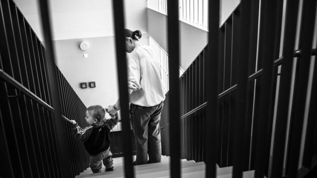 """Das Fotoprojekt """"Far From Home"""" von Erol Gurian"""