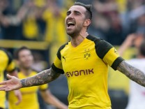 BVB-Stürmer Paco Alcacer beim Spiel Borussia Dortmund gegen FC Augsburg