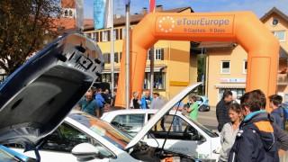 eRUDA-Zielankunft vor dem Rathaus