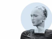 Nahaufnahme Roboterin Sofia / stma