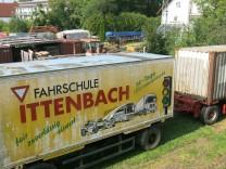 Lastwagen in Mammendorf