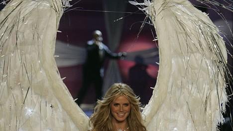 Victorias Secret Und Heidi leuchtete