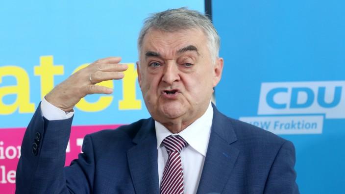 Pk NRW-Innenminister zum Polizeigesetz