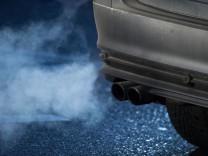 Autoabgase - EU-Staaten für schärfere CO2-Standards