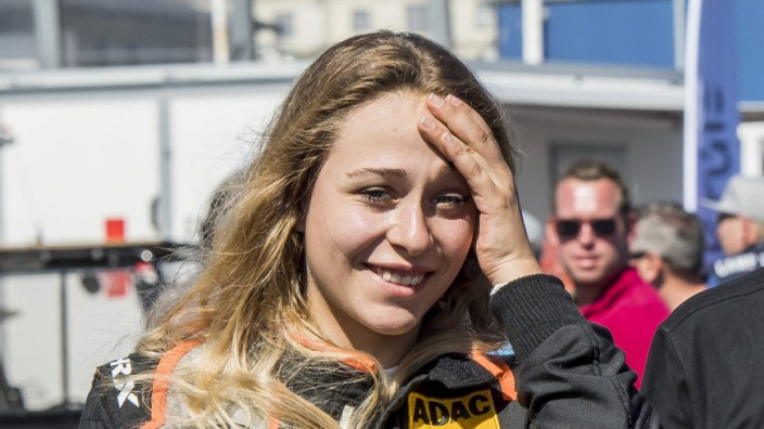 Motorsport DTM Saison 2018 2019 Rennen Sonntag 15 07 2018 in Zandvoort Nordholland Niederlande; Sophia Flörsch