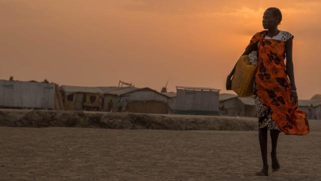 Frau in Flüchtlingscamp im Südsudan