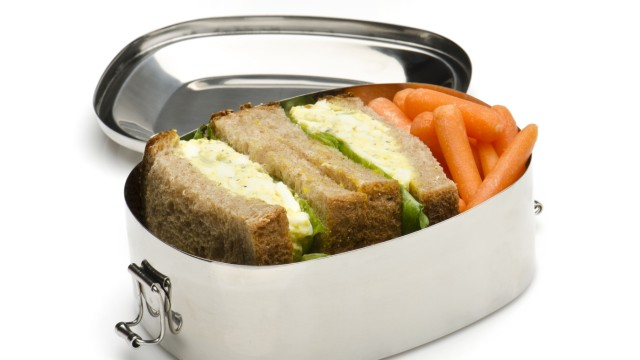 Eiersalat-sandwich-Lunchbox