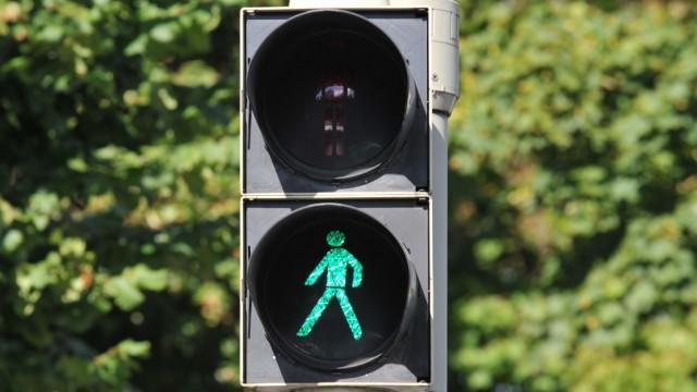 Fußgängerampel mit Grünlicht