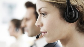 Office worker multitasking PUBLICATIONxINxGERxSUIxAUTxONLY Copyright SigridxOlsson B62165523