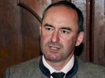 Freie Wähler-Chef Hubert Aiwanger trägt gerne mal einen Trachtenjanker.
