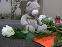Trauer um erschlagenen Jungen