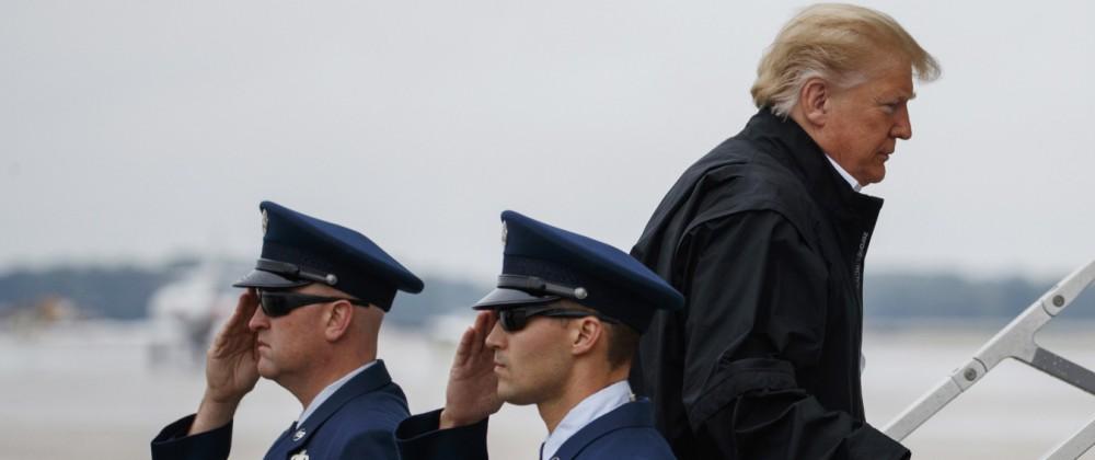 US-Präsident Trump besichtigt Hurrikan 'Michael' Schäden