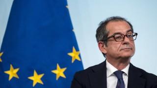 Italien ändert umstrittene Haushaltspläne - Wirtschafts- und Finanzminister Giovanni Tria in Rom