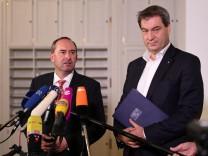 Bayerns Ministerpräsident Markus Söder (rechts) mit Freie-Wähler-Chef Hubert Aiwanger