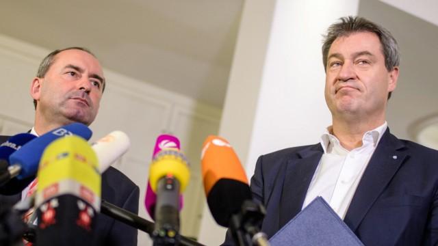 Zu Sondierungsgesprächen trafen sich Ministerpräsident Markus Söder und Hubert Aiwanger, Chef der Freien Wähler.