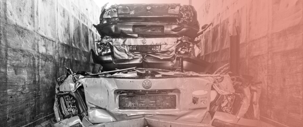 Autopresse Tempelhof gepresster VW Passat Berlin Gottlieb Dunkel Str *** Auto press Tempelhof p